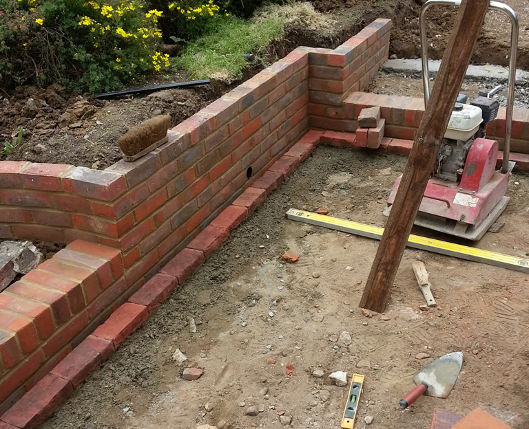 Walling terracing surrey landscaping surrey hillside - Natural stone wall solutions ...